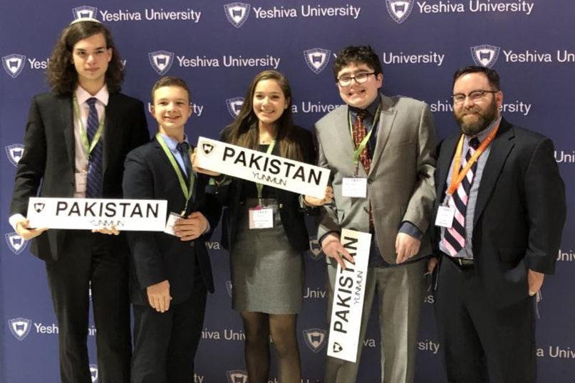Budding diplomats attend Model UN - Jewish Ledger